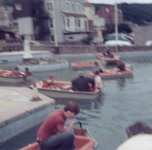 Boating-Lake-Becon-Lights